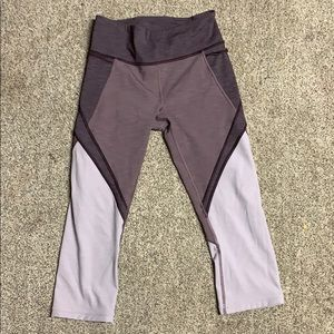 Cute Lululemon purple crop leggings!